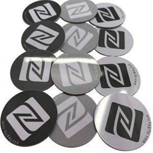 12x NFC Autocollant de PVC rigide, 25mm de diamètre, disque, gris blanc Noir Label Tag, NXP Tagify Ntag213Puce–Véritable Puce développé par NXP Semiconductors, 144octets de mémoire, Mot de passe de vérification protection, lecture/écriture/verrouill image 0 produit