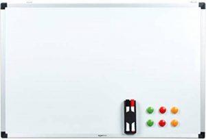 AmazonBasics Tableau blanc magnétique avec cadre en aluminium et porte-marqueurs Effaçable à sec, 90 x 60 cm de la marque AmazonBasics image 0 produit