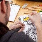 Crayons de couleur - Ensemble de crayons de couleur primes et pré-taillés pour le coloriage et le dessin- Gomme et taille-crayon GRATUIT- Excellent équipement pour le retour à l'école pour enfants et adultes- Livre de coloriage - 60 Couleurs de la marque image 4 produit